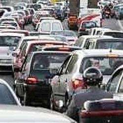 blocco-traffico-auto-roma-domani-venerd-targhe-alterne-e-decisioni-per-sabato-e-domenica-circolazione-auto-moto-motorini-orari