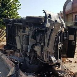 incidente-furgone-aeroporto-camion-rifiuti-caselle-torinese-160825-2
