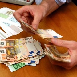 soldi_aiuto_530