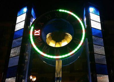 Borgaro nella nuova piazza europa l orologio ad acqua si è